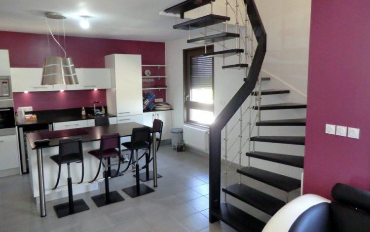 Hurpeau mousist fabricant d 39 escaliers en alsace for Salon habitat selestat