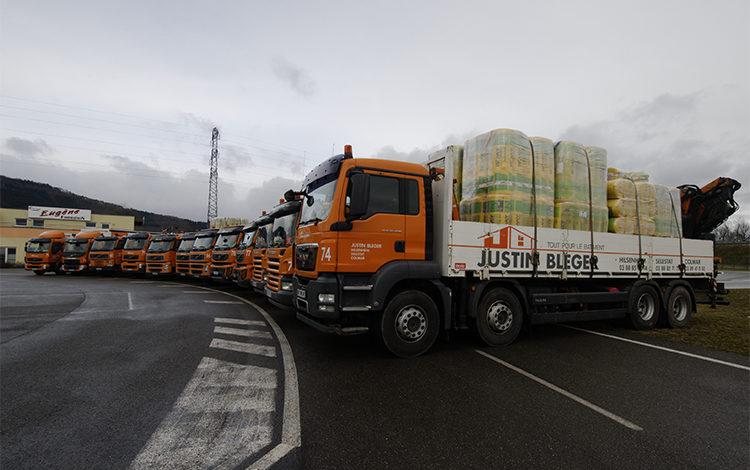 Une flotte de véhicules de livraison importante - JUSTIN BLEGER